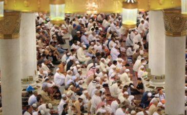إمام المسجد النبوي: ما قيمة الدين إذا لم يظهر أثره في السلوك والأفعال