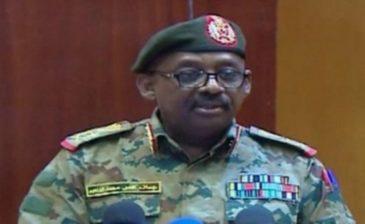 """السودان .. إحباط """"محاولة انقلابية"""" والقبض على 12 من الضباط"""
