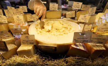 تناول الجبن يقلل من خطر الإصابة بالسكتة الدماغية وأمراض القلب