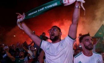 محرز حذرهم .. 12 قتيلاً وجريحاً في احتفالات الجزائريين بالفوز
