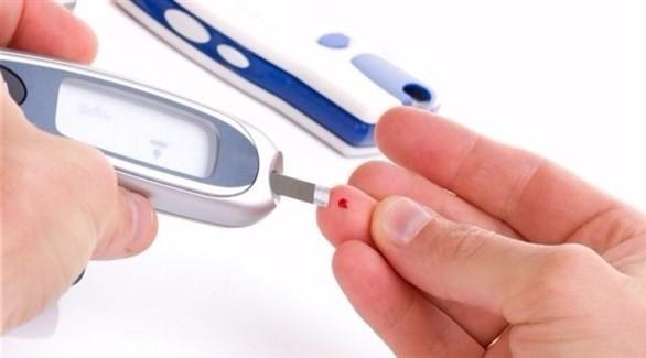 ما العمل عند نقص السكر بالدم؟