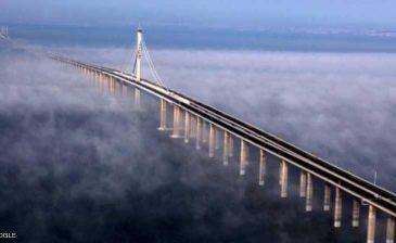 """الصين تبني """"عجيبة هندسية"""""""