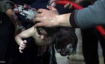 أعراض كيماوية سامة على المئات بدوما السورية