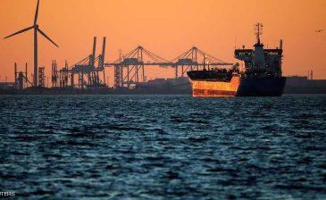 القراصنة يفرجون عن 22 هنديا.. و13 ألف طن بنزين
