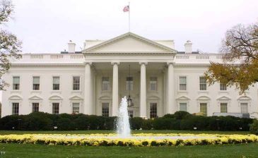"""واشنطن تفاجئ موسكو بشأن """"دبلوماسييها المطرودين"""""""