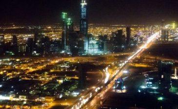 السعودية تتصدى لسبعة صواريخ أُطلقت من اليمن ومقتل مصري في الرياض