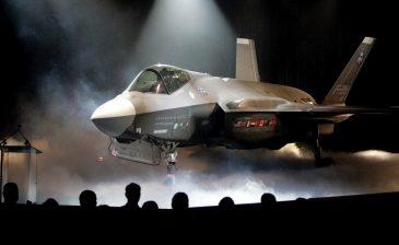 """تركيا تتسلم الدفعة الأولى من مقاتلات """"F-35"""" أمريكية الصنع"""