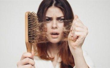 تساقط الشعر.. متى يستدعي القلق