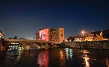 سراييفو.. البوسنيون يشاركون الأتراك في إحياء ذكرى المحاولة الانقلابية الفاشلة