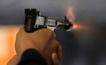 شرطي يطلق النار على حبيبته ثم ينتحر