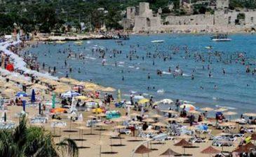 مليونا سائح أجنبي يقصدون ولاية أنطاليا التركية خلال حزيران الماضي