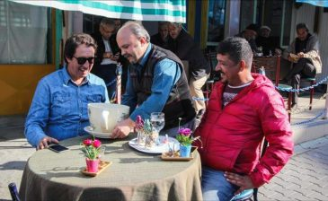 مقهى تركي يستقبل زبائنه بمقالب طريفة