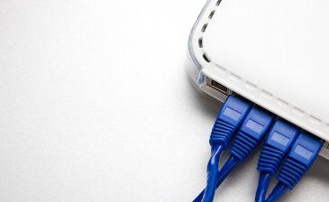 كيف تعرف من يسرق سرعات الإنترنت من بيتك