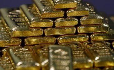 مع صعود الدولار.. الذهب يهبط لأدنى مستوياته في 7 أشهر