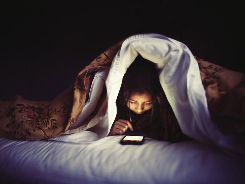 دراسة: هذه أخطر نتيجة لاستخدام أبنائكم مواقع التواصل