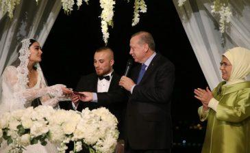 """أردوغان يشارك بحفل زفاف لاعب كرة قدم على إحدى نجمات مسلسل """"أرطغرل"""""""