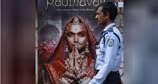 الرقابة توافق على عرض فيلم مثير للجدل بالهند