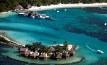 فرض حالة الطوارئ يهدد بانهيار السياحة في جزر المالديف